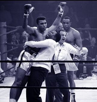 Muhammad Ali Won a $10 Million Fight Thanks to a Ringside Photographer